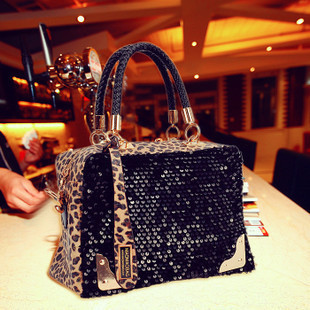Handbags 2016 high-end fashion Korean version of the new selling women's hand-leopard bag sequined Korean shoulder bag w