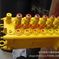 小松挖掘机pc60-7分配阀 小松原厂配件图片
