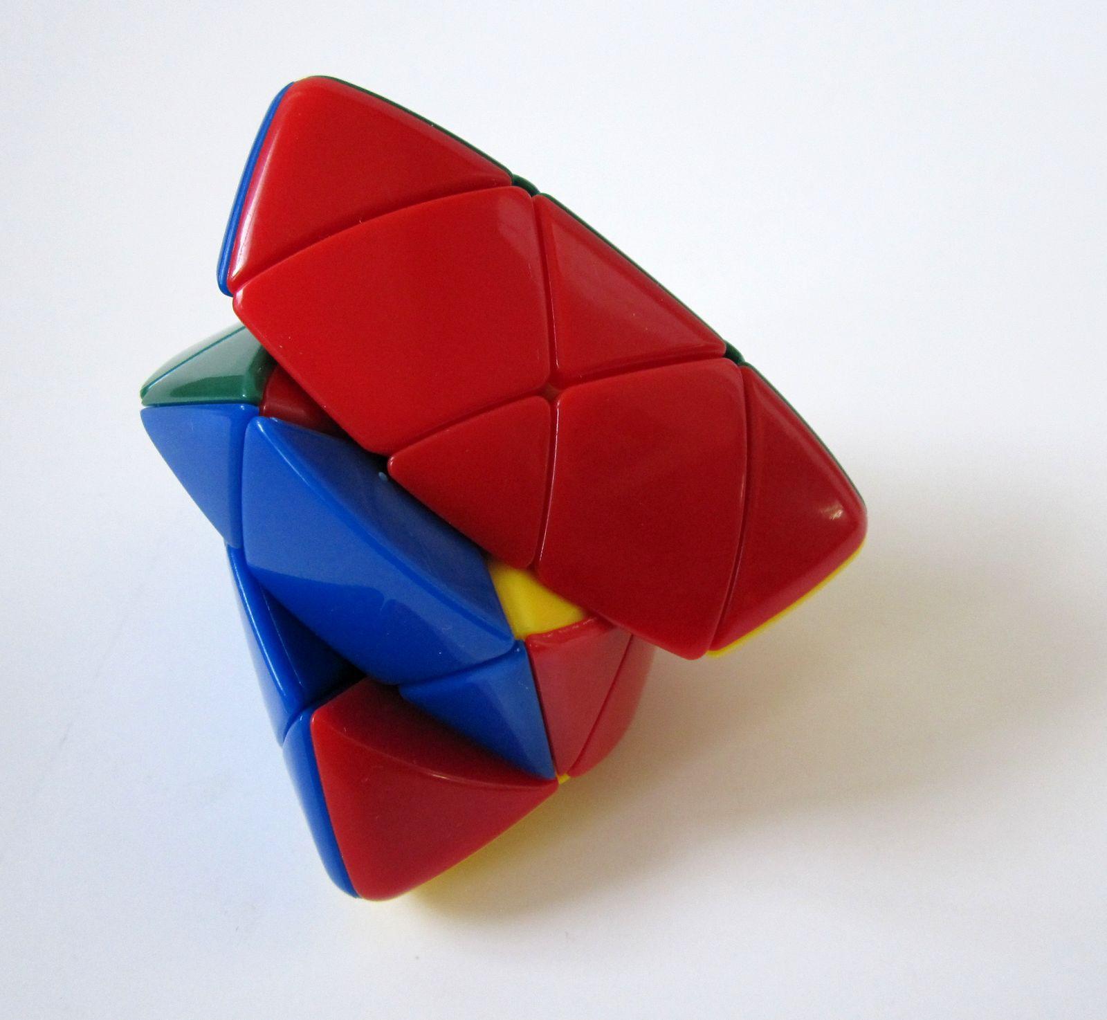 三阶魔方_圣手魔方 粽子异形智力玩具超顺滑