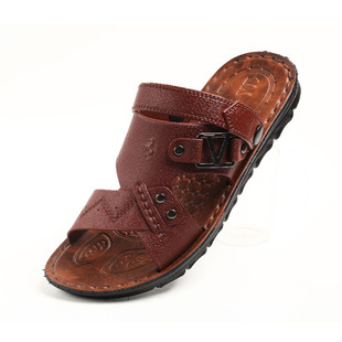 Men's sandals Men's sandals sandals sandals two Vietnamese men wearing sandals and slippers Specials