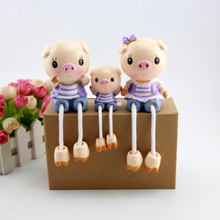 一家三口可爱卡通吊脚娃娃