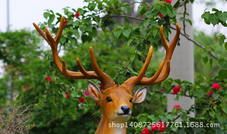 定制酒店摆件户外花园动物装饰园林景观大型雕塑梅花鹿树脂工艺品