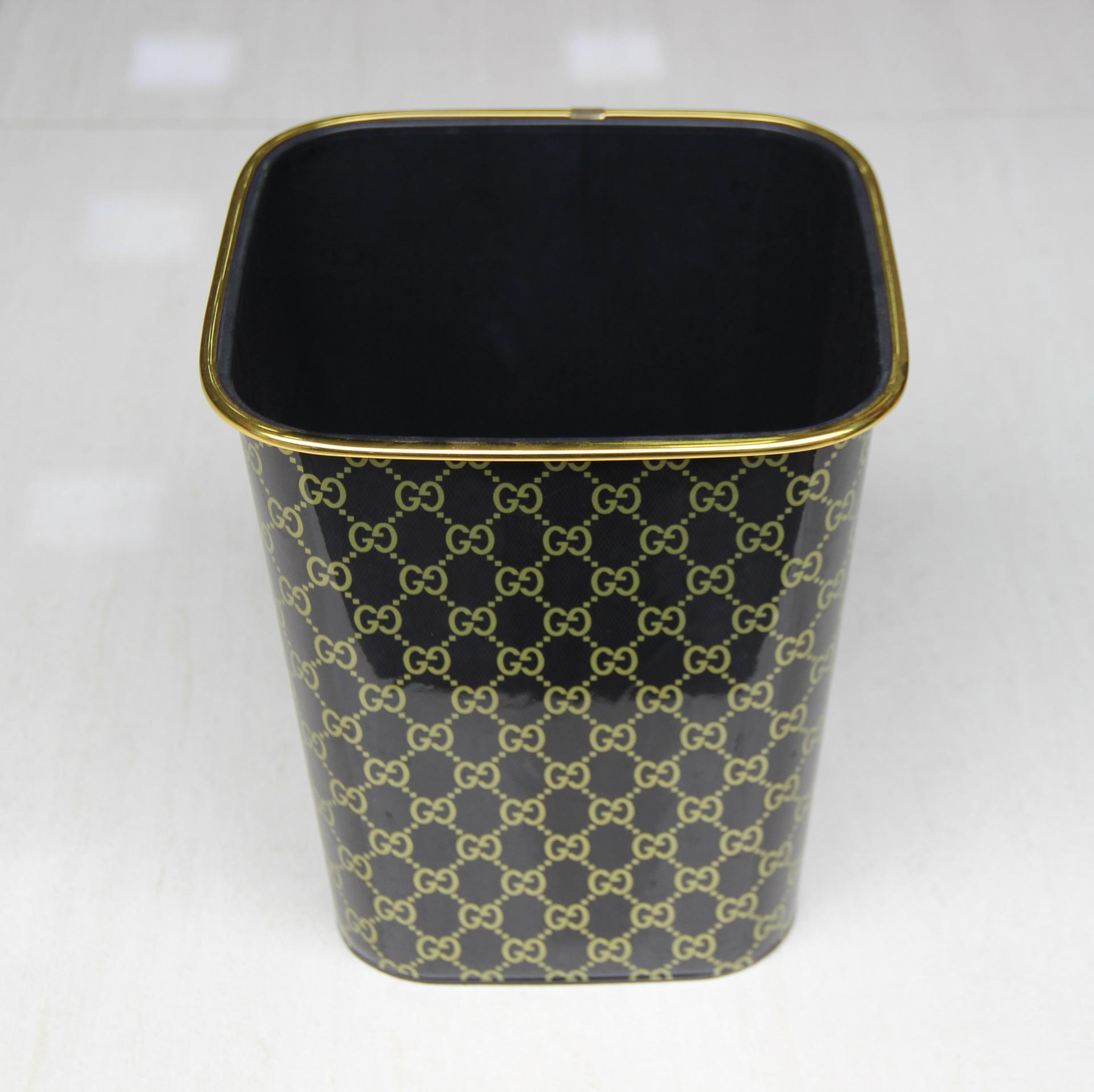 【厂家直销】305方形黑色金边印花垃圾桶家用塑料卫生桶口径22