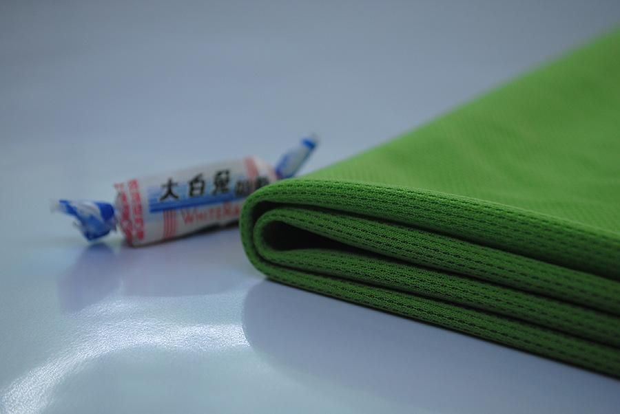 针织运动服装面料热转印网眼布全涤吸湿排汉健康布图片三