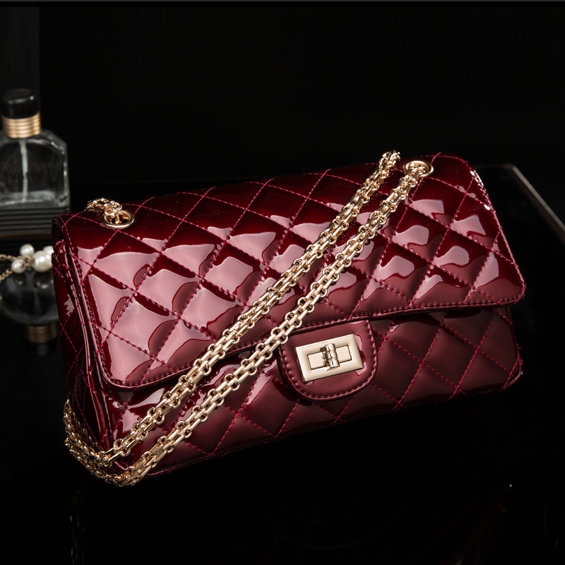 Genuine Leather Lady handbags Lingge small real leather leather bag leather female bright surface's main photo