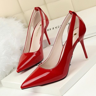 fashion show high heel shallow mouth pointed paint hollow out shoes