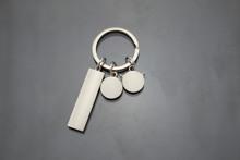義烏小商品 特價批發創意鑰匙扣時尚汽車配件鑰匙扣小掛件定制