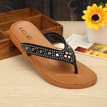 新款女士人字拖防滑舒适不易变形拖鞋女夏季镶钻夹脚凉拖鞋