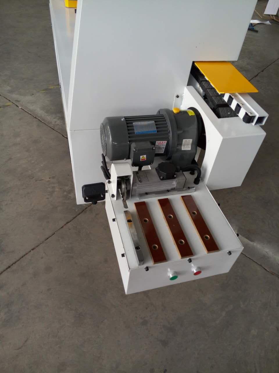 木工机械设备 手动齐头 全自动封边机 板式家具木门套线开槽封边图片