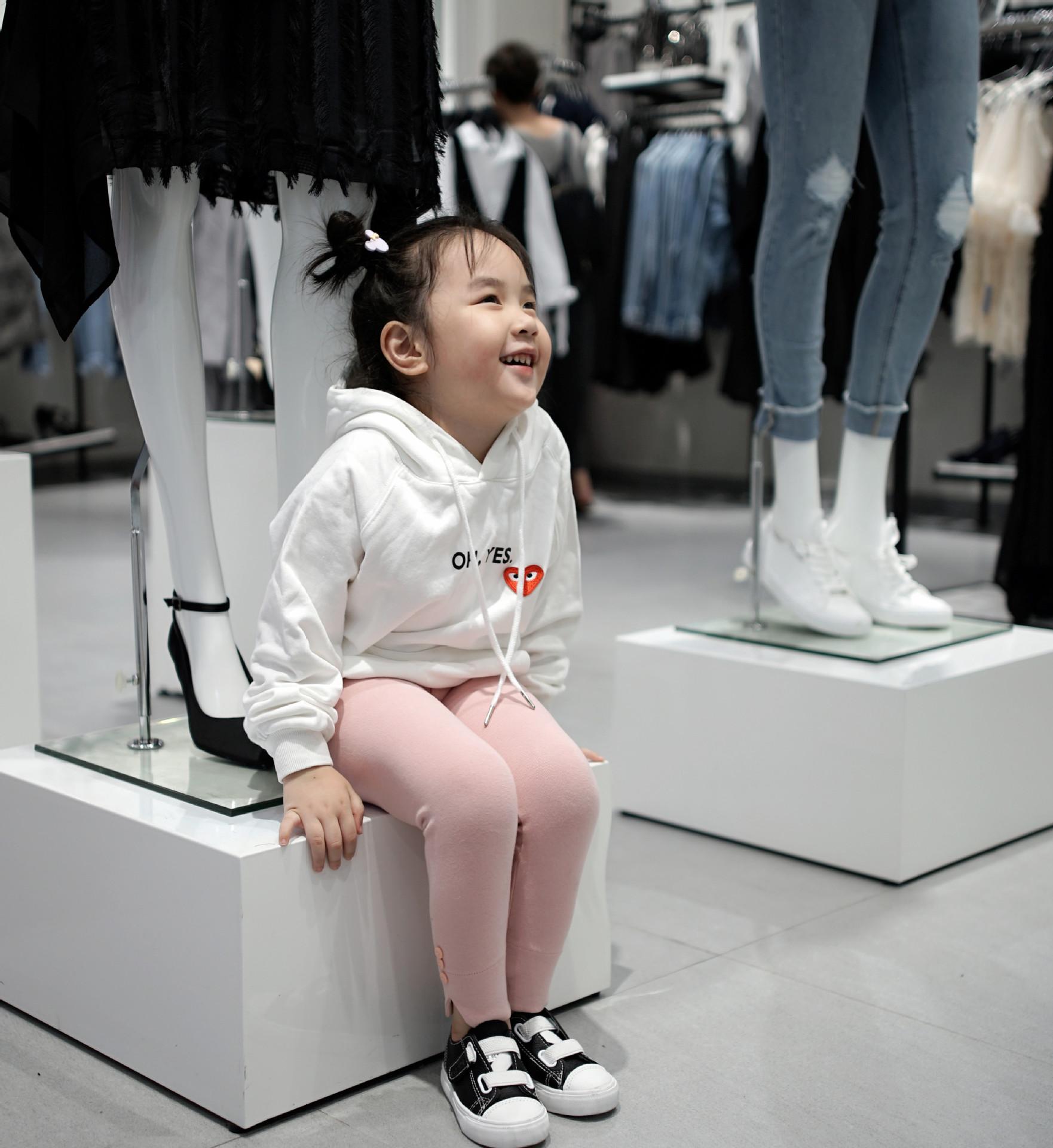2018新款韩版时尚运动外穿长裤子流行春季中小女童柔软弹力打底裤-
