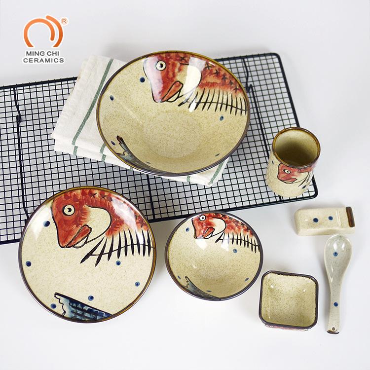 名驰品牌手绘动物餐具碗碟盘杯勺子 胖头鱼红色系列套装陶瓷餐具