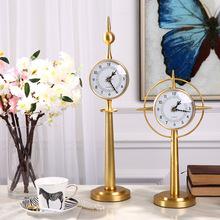 邸高家居 样板间现代客厅电视柜软装饰品摆件?#23458;?#24231;钟金色时钟