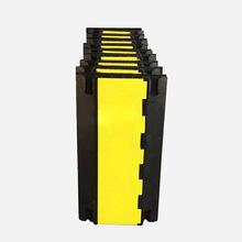 PVC五线槽减速带 橡胶线槽 舞台铺线板 串线板 减速板过线槽厂家