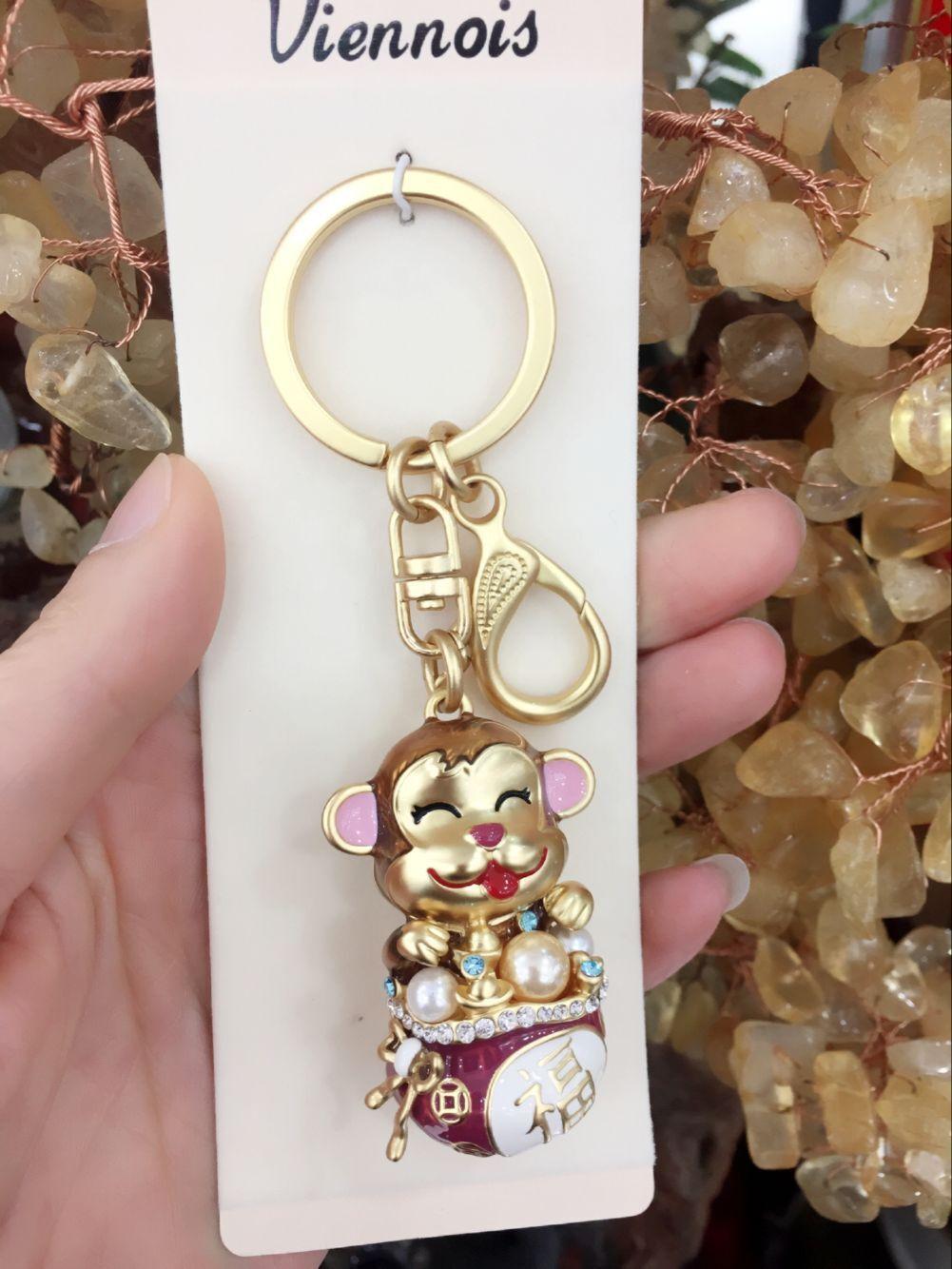 正品viennois威妮华创意礼品镶钻十二生肖猴精美钥匙扣配饰品混批