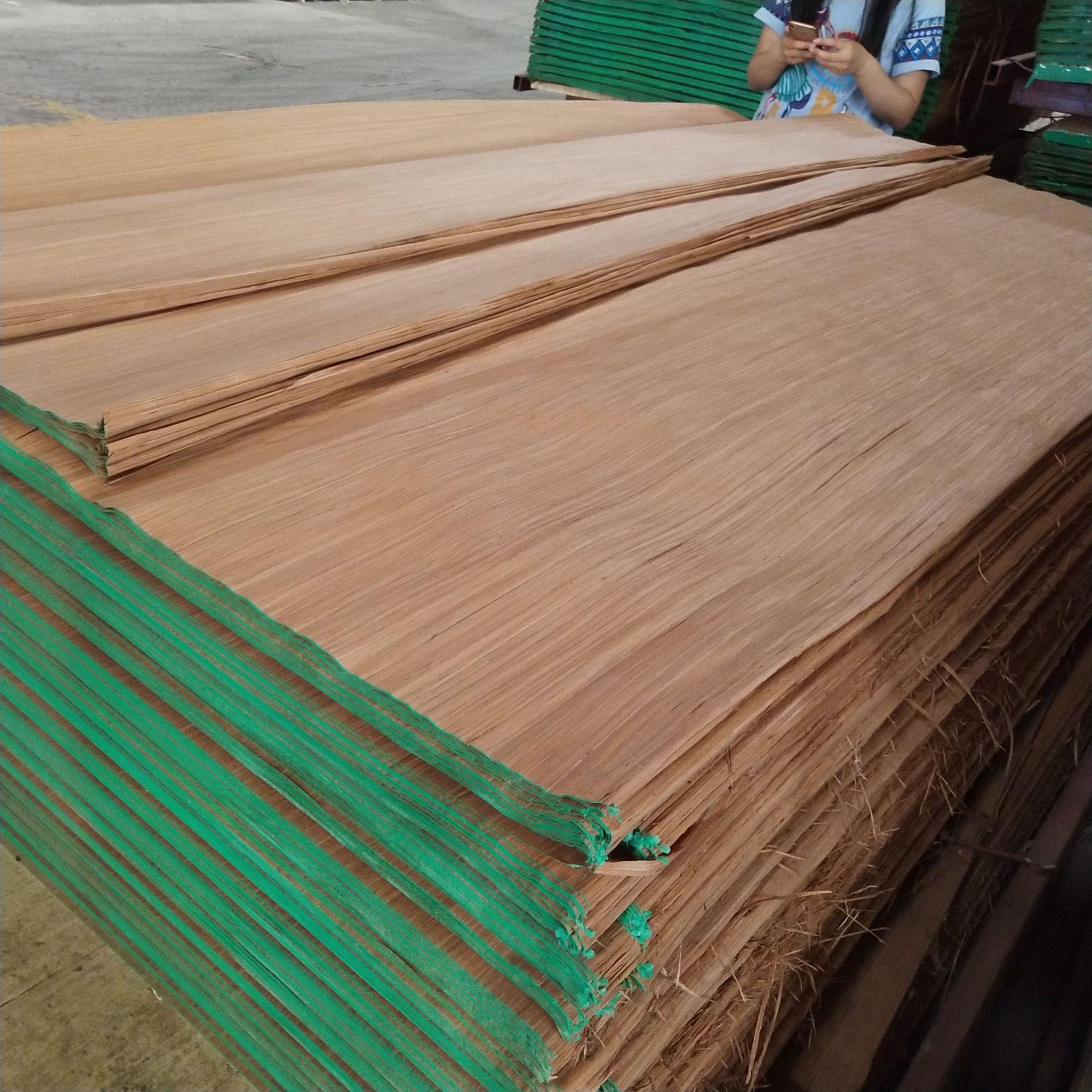 专业生产各种科技木皮木方木线条天然克隆木皮PLB等厂家直销