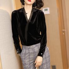 金丝绒V领衬衫女长袖秋装2018新款黑色慵?#33080;?#34915;女chic风宽松上衣