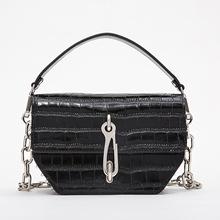 跨境bags厂家直销一件代发欧美女包 时尚真皮链条铆钉手提包
