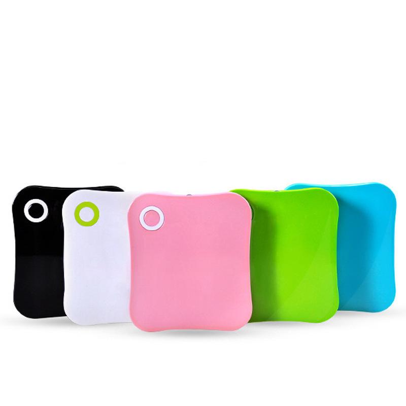 轻巧携带10000毫安大容量充电宝手机平板电脑移动电源厂家直销定