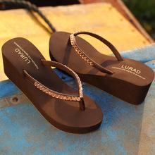 ?#38450;?#36842;高跟水砖人字拖鞋 夏季女士防滑沙滩凉拖厚底坡跟时尚夹拖