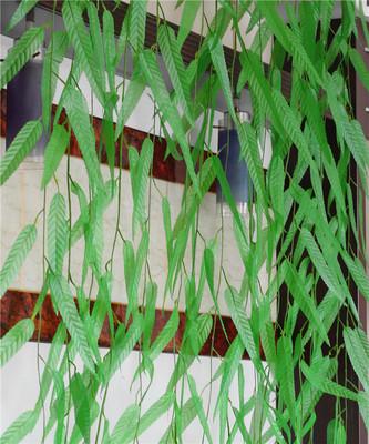 装饰品仿真藤条柳叶藤蔓植物壁挂吊顶装饰墙壁玻璃幼儿园假花柳条