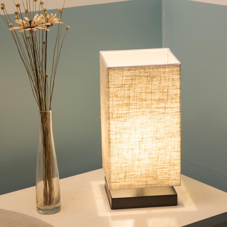 亚马逊台灯现代简约麻布实木卧室床头LED灯中式日式书房客厅台灯