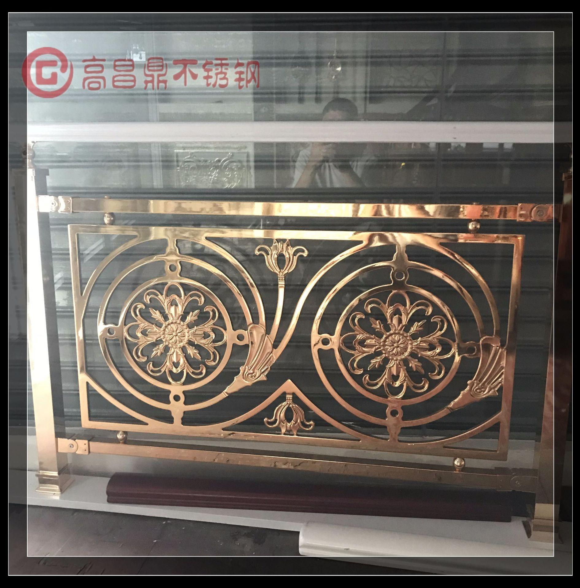 定制铜艺雕花铝镁合金立柱酒店别墅楼梯扶手罗马欧式楼梯护栏栏杆图片