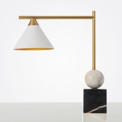 后现代创意圆球大理石台灯设计师样板间创意客厅卧室书房书桌台灯图片