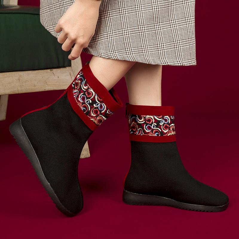 新款保暖鞋女士冬季旅游景区加厚女靴加绒民族风绣花短靴批发