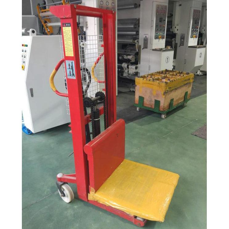 长期供应 手动升高车 手动平板堆高车定制 倒料装卸叉车