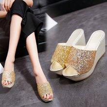 外贸拖鞋女2019夏季新款韩版时尚?#31579;?#21402;底亮片拖鞋坡跟女凉拖鞋
