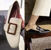 Spring and Summer 2018 Ladies Square Flat-soled Shoes