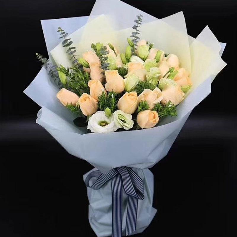 同城礼盒鲜花玫瑰速递天津混搭礼盒花束15朵送女友送花爱人祝福