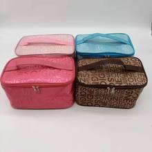 新款女式字母化妆包时尚四方包旅行手提收纳包洗漱包厂家直销