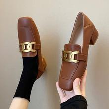 英倫風小皮鞋女復古個性學院風懶人鞋休閑樂福鞋加寬大碼女鞋跨境