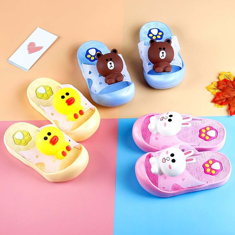 Baotou of cheeper of darling of men and women of lovely cartoon Xiaotong protects children cartoon s