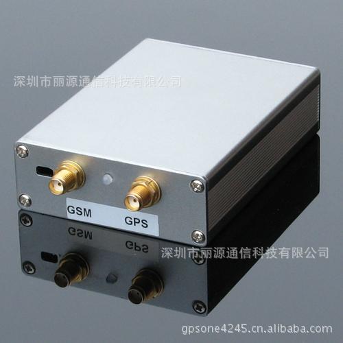 定位精准 GPS定位器 GPS车载定位终端 远程断油断电 误差精度3米