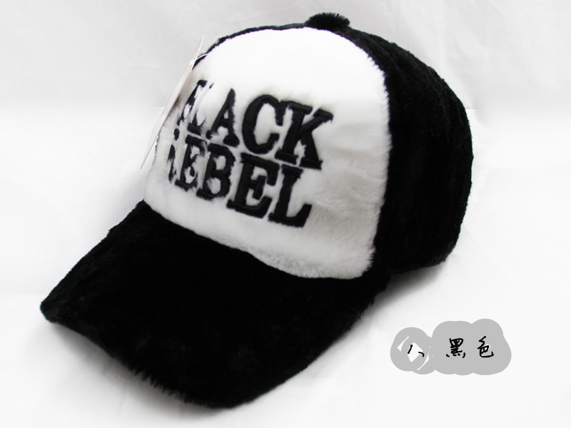 1、黑色 BLACK