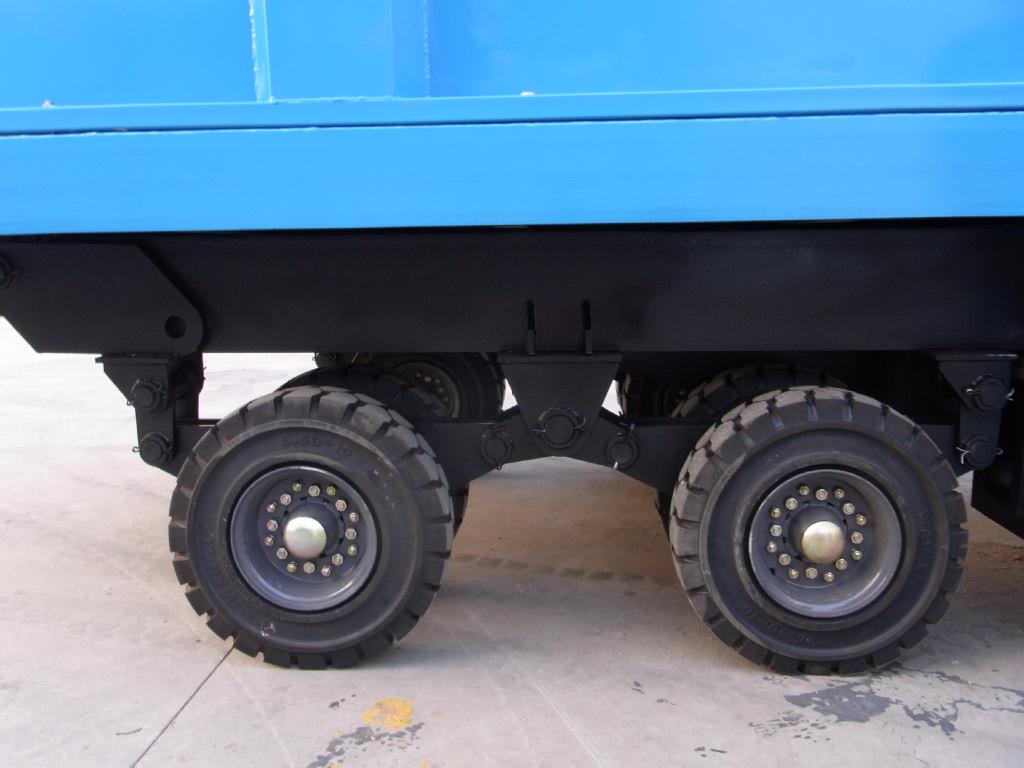 自卸式平板拖车