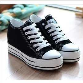 批发厂家爆款新款女式中帮帆布鞋韩版潮厚底内增高6厘米经典鞋子