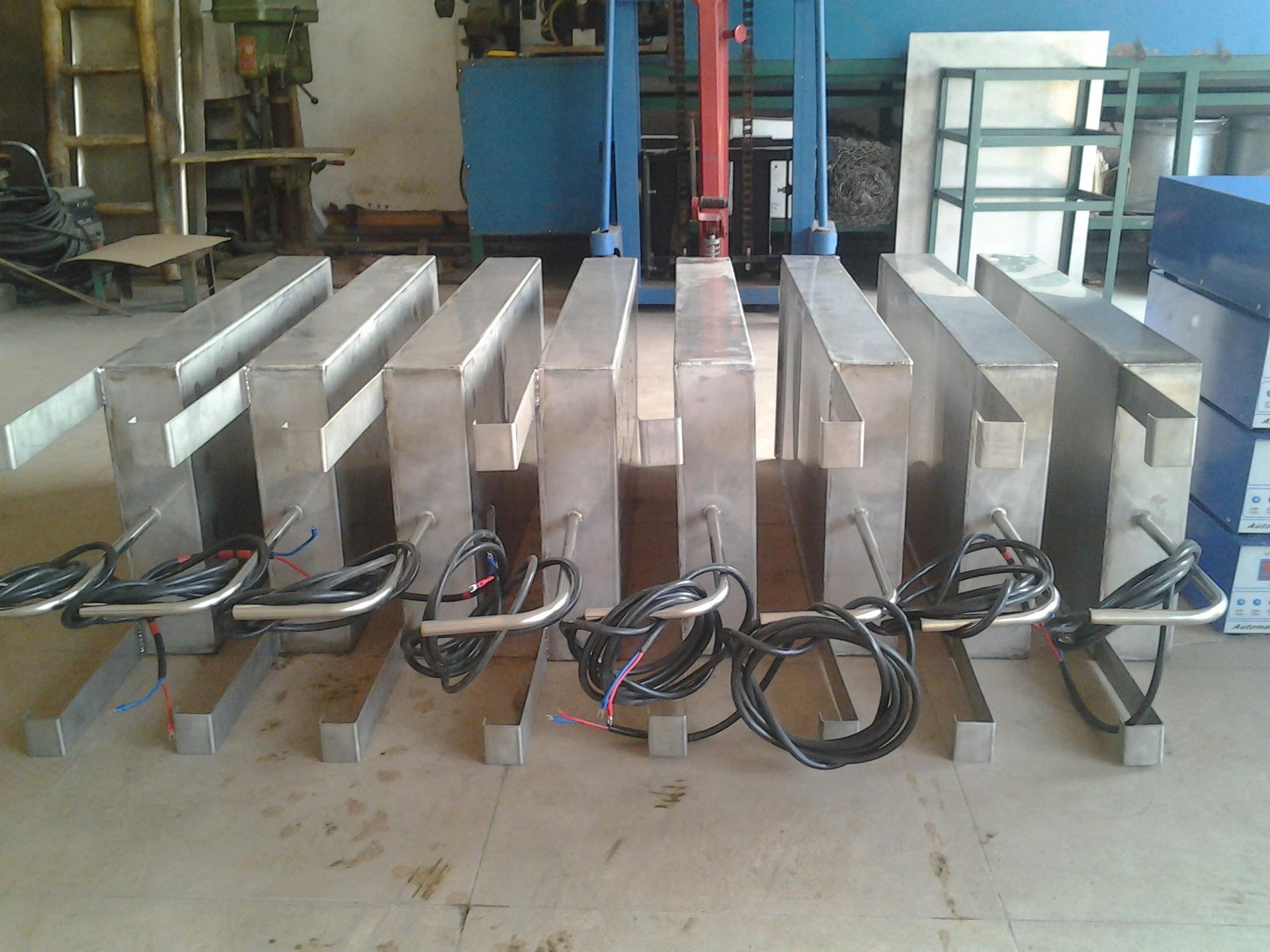 超声波震板  超声波振板  投入式超声波清洗机 超声波清洗机