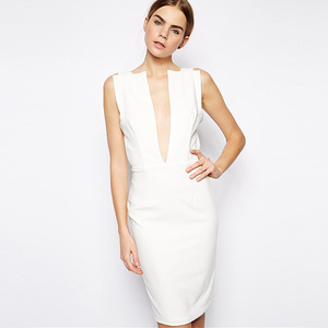 Fashionable sexy backless Europe and the United States fan design feeling deep v-neck sleeveless dress