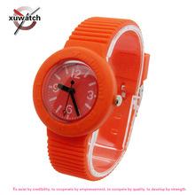 深圳工廠供應男女款休閑時裝飾品 新款韓版創意條紋兒童石英手表