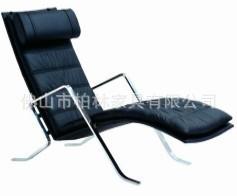 可定制款式独特的红色扶手沙发