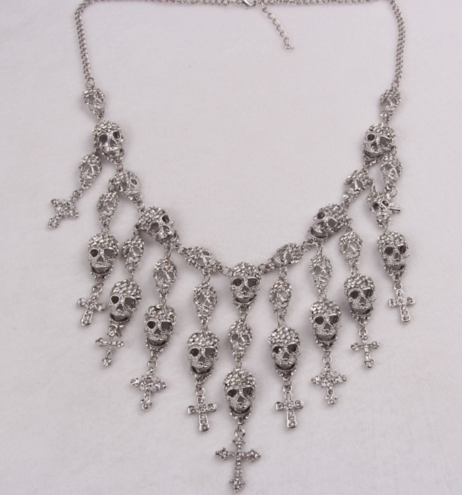 Alloy Fashion Geometric necklace  (Gun black and white rhinestone necklace) NHSK0315-Gun-black-and-white-rhinestone-necklace