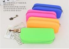 日韩新款硅胶清新可爱糖果色铅笔袋彩色笔盒多功能拉链包手包