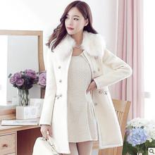 Áo khoác dạ nữ thời trang, màu sắc trẻ trung, kiểu dáng xinh xắn