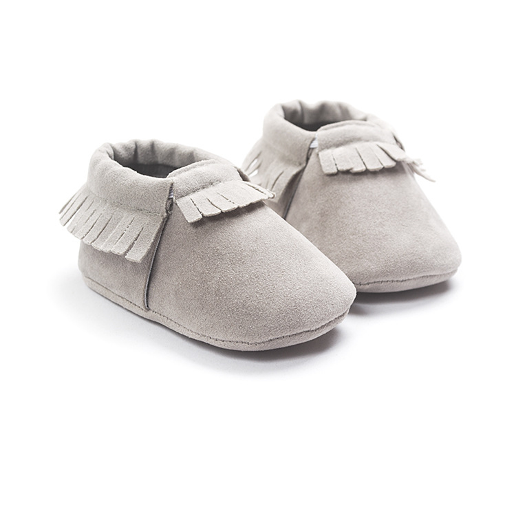 b6aa040da 2019 2016 Tassels Moccasins Baby First Walkers Soft Sole Toddlers Shoes  Newborn Baby Leather Infant Shoes Girls Kids Suede Footwear For Baby From  Runbaby, ...