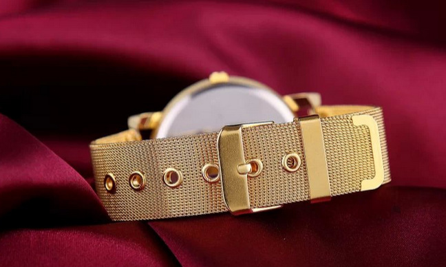 Simple Mesh Belt Watch New Gold Mesh Belt Dot Quartz Ladies Watch Wholesale NHSY193636