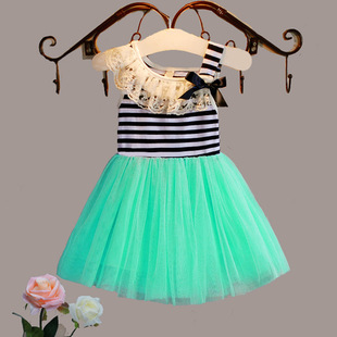 The new Korean version of the big girl's dress for girls on behalf of the children's wear branded striped bow lace collar dress 88