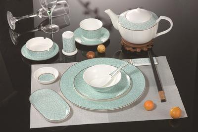 厂家直销餐厅陶瓷餐具酒店用品批发餐具骨质瓷碗碟盘套件组合
